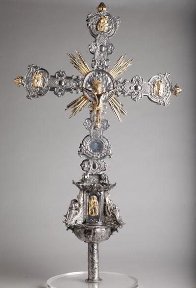 ref: PM_098526_E_Pastrana; Cruz procesional