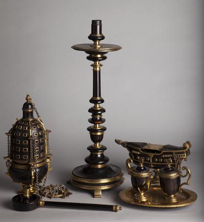 ref: PM_098551_E_Pastrana; Incensario, candelabro, vinajeras, acetre e hisopo