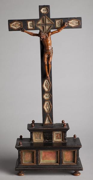 ref: PM_098540_E_Pastrana; Crucifijo relicario de mesa
