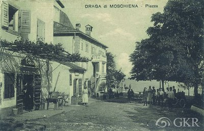 Draga di Moschiena : Piazza