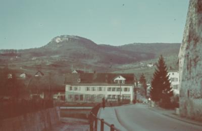 Sissach, Rheinfelderstrasse mit Fluh