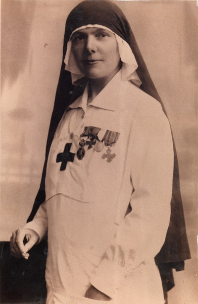 Eng. Elisa Leonida Zamfirescu, volunteer nurse during World War I 			(1917)