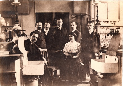 Miss Elisa Leonida in the Royal Technical Academy lab. (Berlin, 			Charlottenburg, 1913)