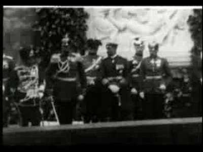 Kaiser Wilhelm II. weiht eine Gedenktafel für die Kaiserin Friedrich von Kronberg ein (18.6.1904)