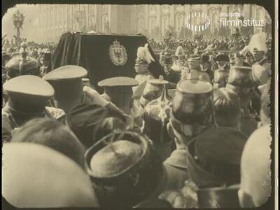 Das Begräbnis der ehemaligen Kaiserin Auguste Victoria