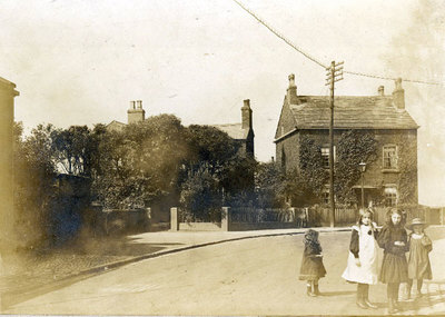 Appleton Village looking towards Birchfield Rd. Kingsway then called St Bedes Road was a small footpath behind the wall on the left hand side that led to the police station. St Bedes Road was changed