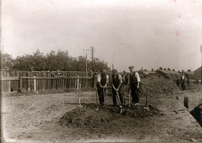 Workmen laying drains at the top of Deacon Road. This is now the site of the Total petrol station