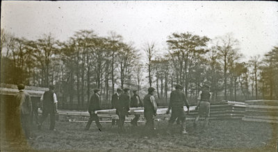 Group of men from the Pals Battalions building hutments in Heaton Park