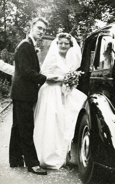 Wedding of Joyce McNee and Malcolm Moss