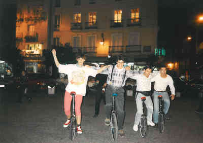 Boni Caroli. Cursos profesionales de monociclo y malabares. Pag.002