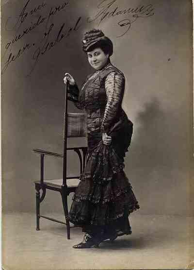 Isabel Adamuz. Retrato