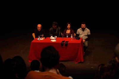 Presentación de Maná mana. Encuentro con los Ulen en el Teatro Central. Fot.002