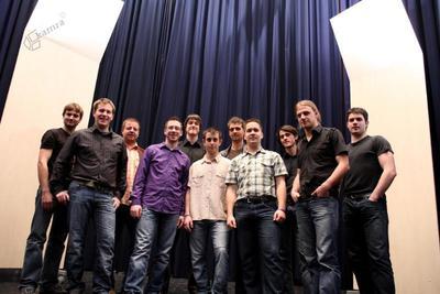 Moška vokalna skupina Lipa