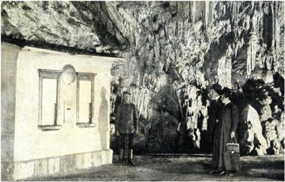 Poštni urad leta 1911