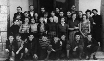 Učenci OŠ Koroška Bela, 1956