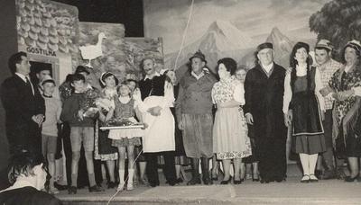 Prizor iz operete Mežnarjeva Lizika