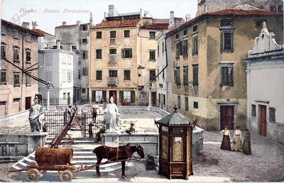 Pirano, Piazza Portadomo