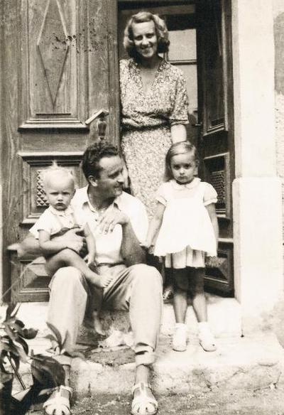 Tine Orel z družino