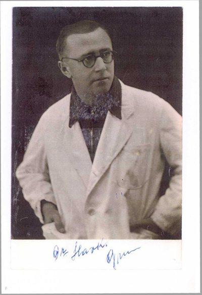 Dr. Slavko Grum