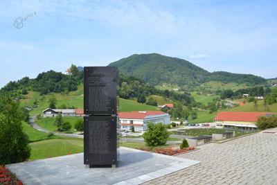 Spominsko obeležje žrtvam vojn v Žetalah