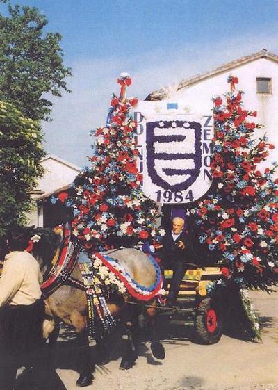 Vizitantski voz leta 2002