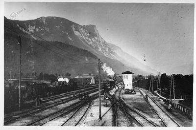 Železniška postaja na Jesenicah