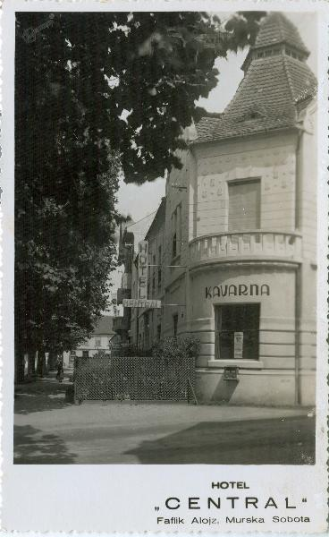 Kavarna in hotel_1936