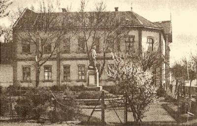 Bolnišnica v mestu Monor