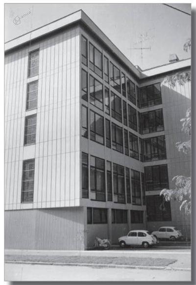 Severna in vzhodna stran stavbe v Prešernovi ulici 17