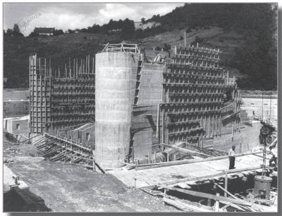 Gradnja jezu v Melju