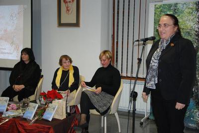 Podžupanja Občine Ljubica Jelušič nagovarja udeležence