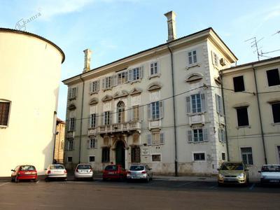 Osrednja knjižnica Srečka Vilharja Koper
