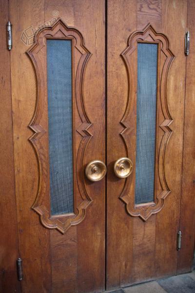 Plečnikova vrata v tunjiški cerkvi