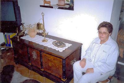 Bernarda Zabukovec ob Jeričini skrinji