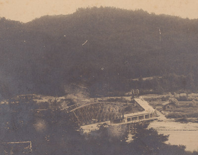 Gradnja mostu leta 1906