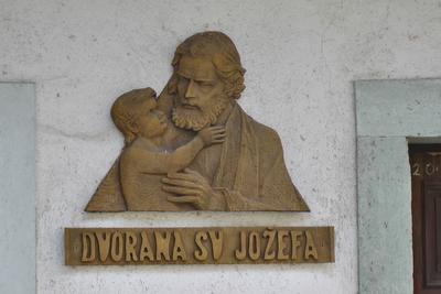 Relief sv. Jožefa