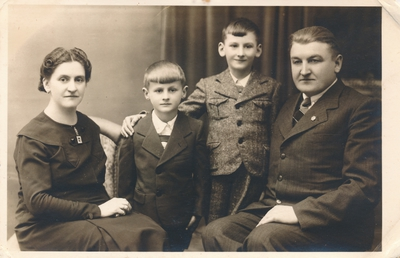 Družinska fotografija Savice Zorko