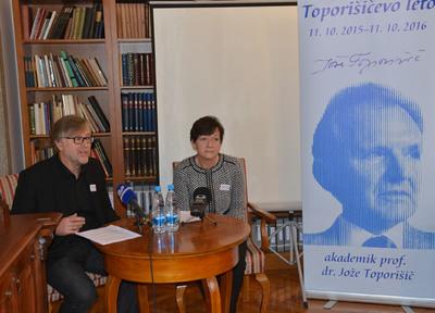 Tiskovna konferenca NUK - mag. Marijan Rupert in Martina Rozman Salobir