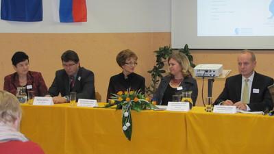 Tiskovna konferenca ob preimenovanju dobovske osnovne šole