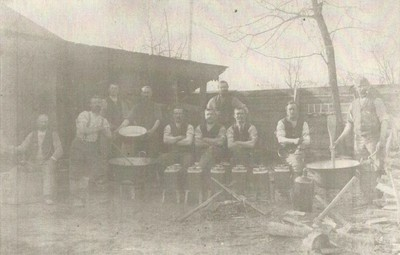 Vojaki na fronti - poljska kuhinja