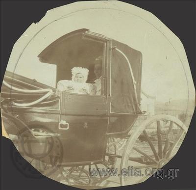 Ο Νικόλας Κάλας (1907-1988), μωρό, στην άμαξα, Παλαιό Φάληρο.