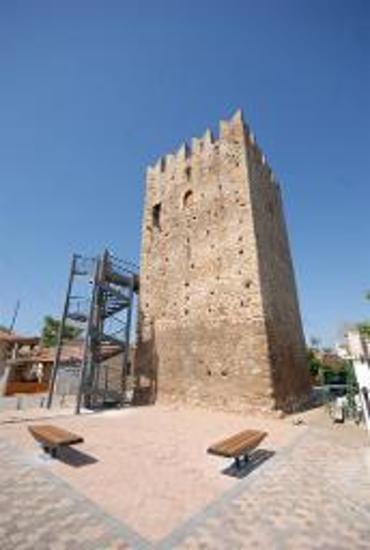 Μεσαιωνικός πύργου Βασιλικού