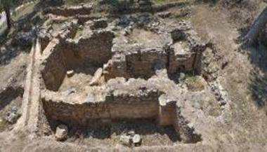 Λουτρά της πρωτοβυζαντινής περιόδου στην Αντίκυρα