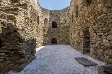 Κάστρο Castello Rosso