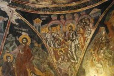 Τοιχογραφία με την παράσταση της Ίασης του Παραλύτου