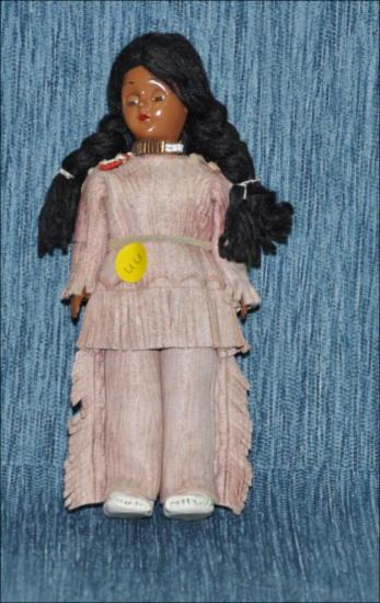 Vintage Native American Indian doll [Κούκλα]
