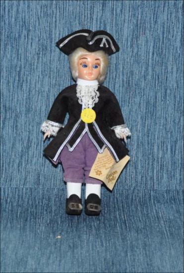 George Washington, Colonial American President [Κούκλα]
