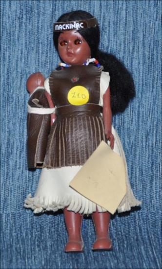 Cherokee Princess A802 : Macninac [Κούκλα]