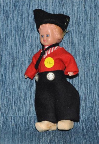 Dutsh boy doll with wooden clogs [Κούκλα]