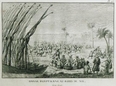 Σκηνή χορού στη δυτική όχθη του Νείλου. Στο πρώτο επίπεδο της εικόνας απεικονίζονται δύο Γάλλοι ταξιδιώτες. Οι κυβερνήτες των μικρών σκαφών καπνίζουν και πίνουν καφέ καθισμένοι στο έδαφος. To ίδιο κάνουν, λίγο πιο πέρα, και δύο δερβίσηδες με τους υπηρέτες τους. Σύμφωνα με την περιγραφή του Olivier, Αιγύπτιοι χορεύουν έναν πολεμικό χορό και έναν πιο αισθησιακό.